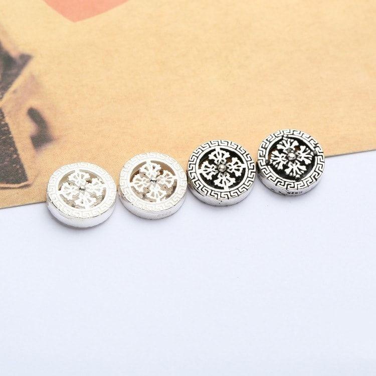 Charm kim tiền bạc trắng và bạc thái