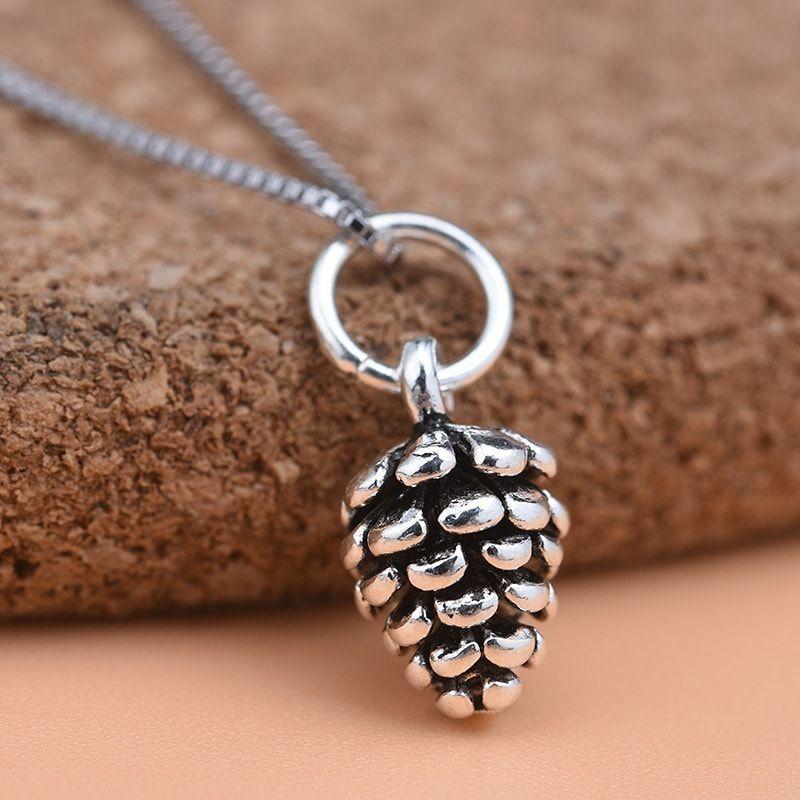 Chất liệu bạc dùng để làm phụ kiện mix vòng tay, đồ handmade luôn là sự lựa chọn hàng đầu cho các nhà thiết kế