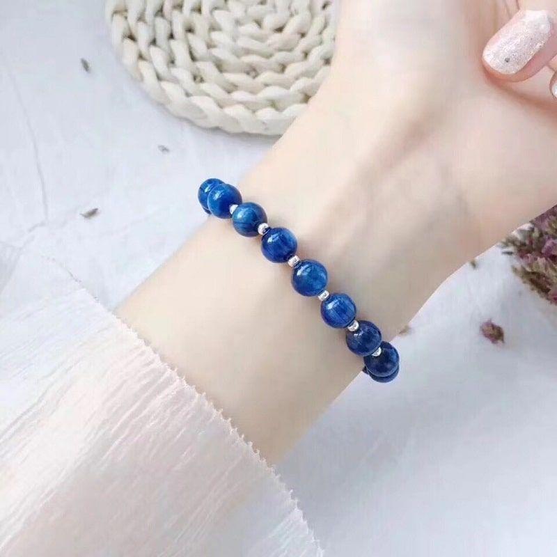 Màu xanh của dòng đá này sẽ phù hợp mệnh Mộc và mệnh Thủy